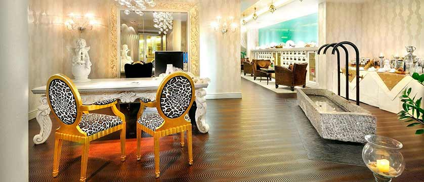 Hotel Alpine Palace, Hinterglemm, Austria - Beauty spa reception.jpg